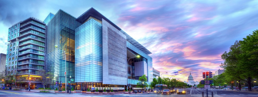 hotel with newseum travel package